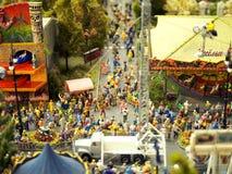 Modelo diminuto de uma feira ou de um carnaval da rua fotos de stock royalty free