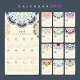 Modelo do calendário da mandala fotos de stock