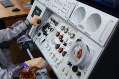Modelo do carro de metro do painel de controle no segundos congresso e exposição ExpoCityTrans-2012 Foto de Stock