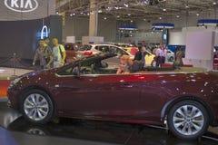Modelo do carro de Opel Cascada na exposição fotos de stock royalty free