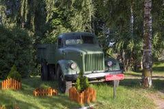 Modelo do carro GAZ-51 imagens de stock