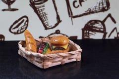 Modelo do hamburguer Imagens de Stock