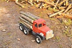 Modelo do transporte da madeira fotografia de stock royalty free