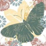 Modelo elegante con la mariposa y las siluetas florales Foto de archivo libre de regalías