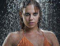 Modelo en lluvia Fotografía de archivo