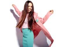 Modelo en ropa casual del verano en estudio Fotografía de archivo libre de regalías