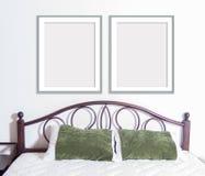 Modelo estreito do quadro 8x10 na parede no interior Imagens de Stock Royalty Free