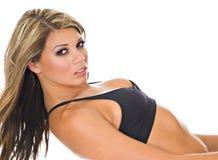 Modelo fêmea na parte superior de biquini Imagem de Stock