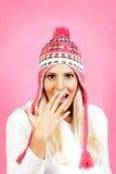 Modelo femenino del pelo ligero joven, vestido en ropa del invierno Imagenes de archivo