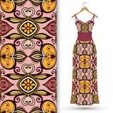 Modelo geométrico inconsútil de la moda, el vestido de las mujeres Imagen de archivo libre de regalías