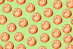 Modelo hermoso con los elementos dibujados mano - rebanadas anaranjadas lindas Imagenes de archivo