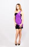 Modelo hermoso de la chica joven en un vestido de noche Foto de archivo