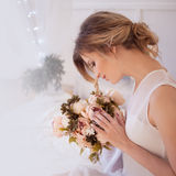 Modelo hermoso de la mujer con maquillaje diario fresco y Fotografía de archivo libre de regalías