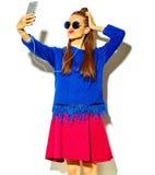 Modelo hermoso en ropa elegante del verano en estudio Imagen de archivo libre de regalías