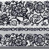 Modelo horizontal inconsútil abstracto del cordón con las flores y las mariposas Fotos de archivo libres de regalías