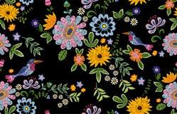 Modelo inconsútil étnico del bordado con los pájaros y las flores libre illustration