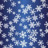 Modelo inconsútil azul de los copos de nieve Imágenes de archivo libres de regalías