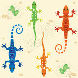 Modelo inconsútil con el funcionamiento coloreado de los lagartos Fotografía de archivo libre de regalías