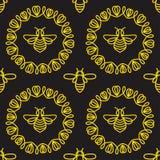 Modelo inconsútil con la abeja Foto de archivo libre de regalías