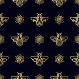 Modelo inconsútil con la abeja del oro Foto de archivo libre de regalías