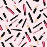 Modelo inconsútil con la barra de labios 3d, el lápiz del labio y los lipgloss realistas en fondo rosado Ilustración del vector libre illustration
