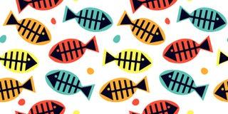 Modelo inconsútil con la silueta multicolora de los huesos de pescados en el fondo blanco ilustración del vector