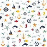 Modelo inconsútil con las conchas marinas y las estrellas de mar dibujadas mano stock de ilustración