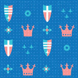 Modelo inconsútil con las coronas y los escudos Imagenes de archivo