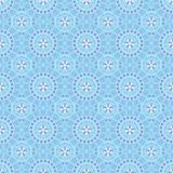 Modelo inconsútil con las flores azules en fondo azul Foto de archivo libre de regalías