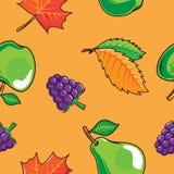 Modelo inconsútil con las frutas y las hojas del otoño Foto de archivo libre de regalías