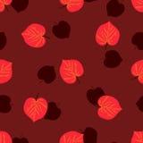 Modelo inconsútil con las hojas de otoño dibujadas mano en fondo rojo oscuro Fotografía de archivo