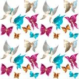 Modelo inconsútil con las mariposas de la joyería de gemas, madre del guisante Imagenes de archivo