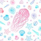 Modelo inconsútil con las medusas y las cáscaras en la línea estilo del arte Vector drenado mano Fotografía de archivo libre de regalías