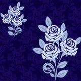 Modelo inconsútil con las rosas grandes en sombras de azul Imagen de archivo libre de regalías