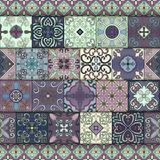 Modelo inconsútil con las tejas portuguesas en el estilo de Talavera Azulejo, marroquí, ornamentos mexicanos libre illustration