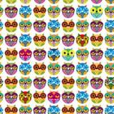 Modelo inconsútil con los búhos coloreados brillantes Vector Fotos de archivo libres de regalías