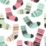 Modelo inconsútil con los calcetines coloridos lindos libre illustration