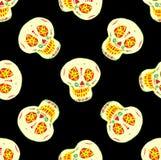 Modelo inconsútil con los cráneos mexicanos del azúcar Imágenes de archivo libres de regalías