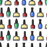 Modelo inconsútil con los esmaltes de uñas coloridos libre illustration
