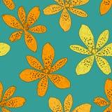 Modelo inconsútil con los lirios anaranjados en el fondo azul, ejemplo del vector Flores hermosas para su diseño Fotos de archivo