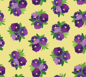 Modelo inconsútil con los ramos de flores violetas Imagen de archivo libre de regalías