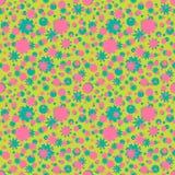 Modelo inconsútil con rosa, flores ditsy verdes, puntos en fondo verde Fondo floral Imagen de archivo