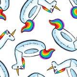 Modelo inconsútil con unicornio inflable del arco iris Anillo de la nadada Impresión del verano, etiqueta engomada, insignia, rem Foto de archivo