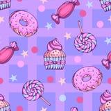 Modelo inconsútil de anillos de espuma, de caramelos y de lollypops Imágenes de archivo libres de regalías