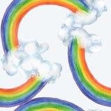 Modelo inconsútil de la acuarela con un arco iris en nubes en un fondo azul Fotografía de archivo