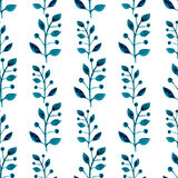 Modelo inconsútil de la acuarela Fondo floral de la pintura de la mano del vector Ramitas azules, hojas, follaje en el fondo blan Fotografía de archivo libre de regalías