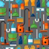 Modelo inconsútil de la forma de vida de la economía doméstica con los iconos de la limpieza Fondo para el contexto Fotografía de archivo libre de regalías