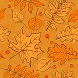 Modelo inconsútil de la hoja del otoño Fotos de archivo libres de regalías