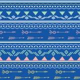 Modelo inconsútil de las flechas tribales rosadas azules Imagen de archivo