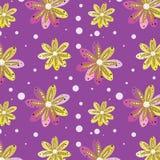 Modelo inconsútil de las flores fantásticas en un fondo de la lila fotografía de archivo